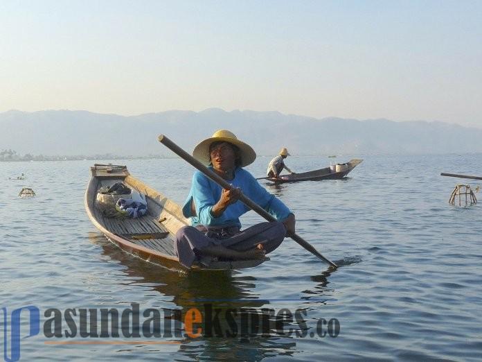 Ilustrasi nelayan FIN